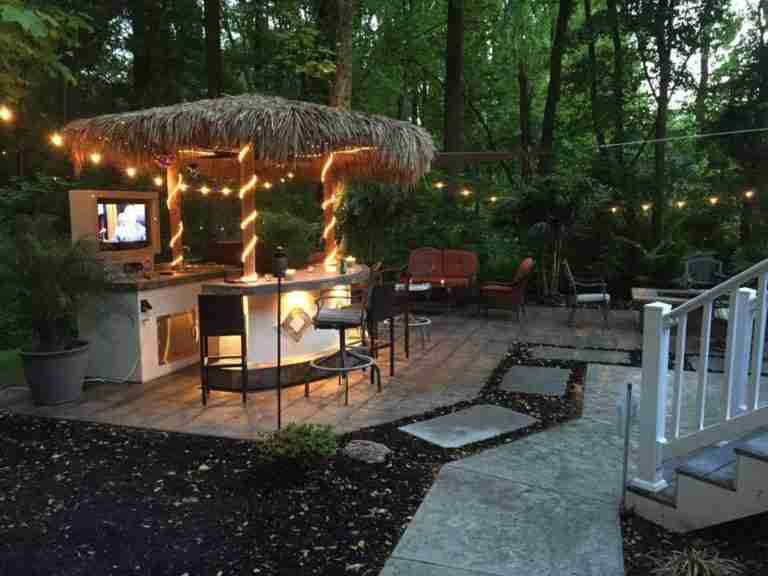Making Your Sarasota Outdoor Kitchen Into a Themed Party