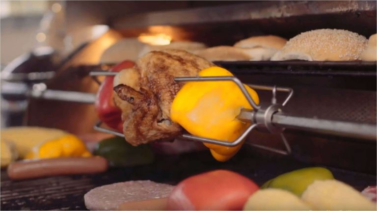 Read more about the article Grill appetizing recipes in your Outdoor Kitchen