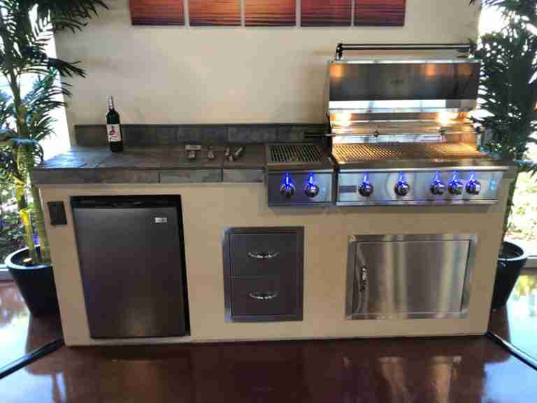 Create The Outdoor Kitchen of Your Dreams At Our Orlando BBQ Store