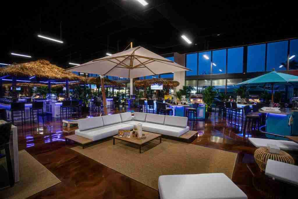Paradise grills patio furniture showroom in sarasota