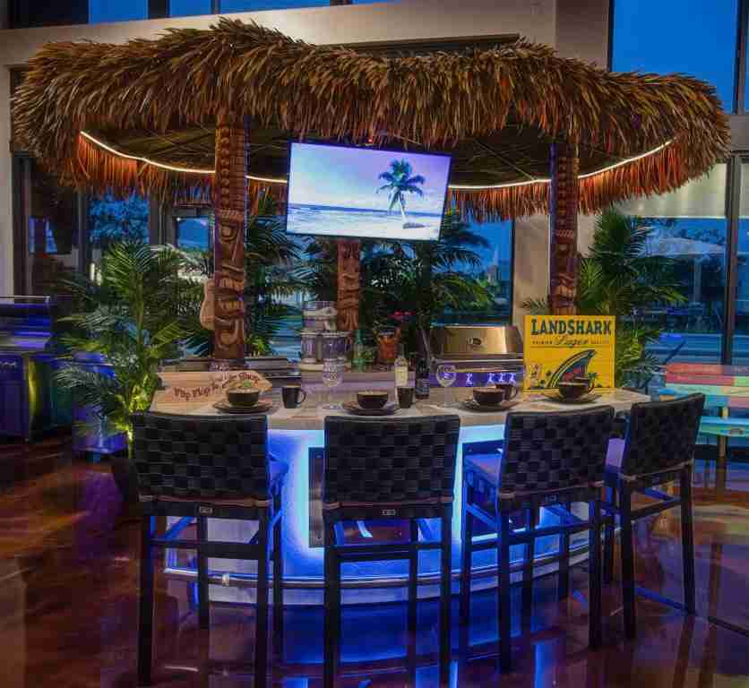 Island Bar outdoor kitchen